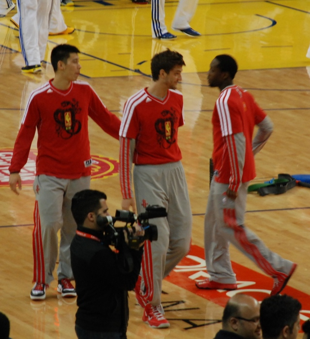 There was a nice hug between JLin & Bev here